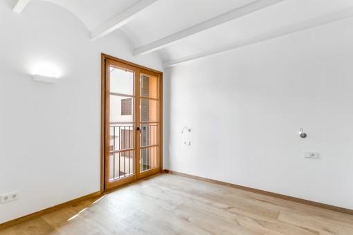 Die Wohnung verfügt über 4/5 Schlafzimmer