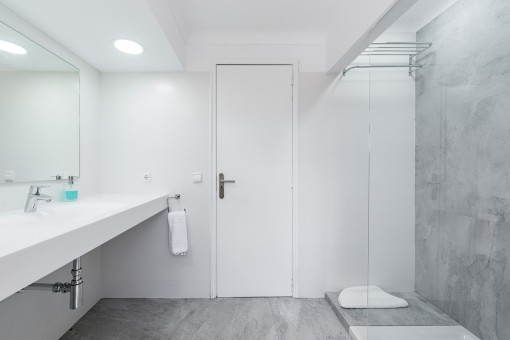 Das Haus verfügt über 8 Badezimmer