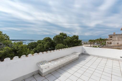 Fantastische Wohnung mit Meerblick in Sant Jordi