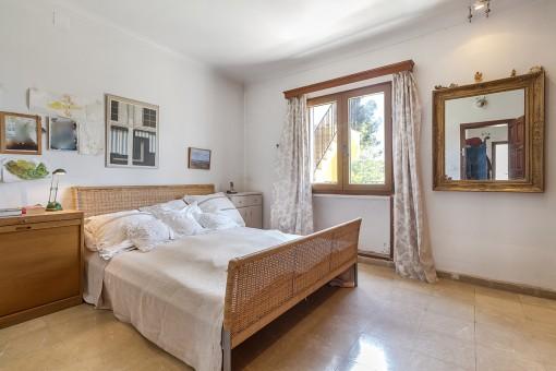 Hauptschlafzimmer des Anwesens