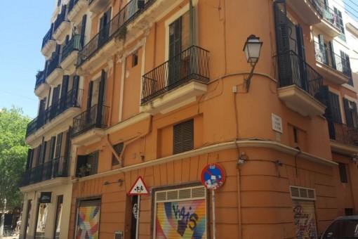 Renovierungsobjekt mit 5 Wohnungen und Ladenlokal im Herzen von Palma