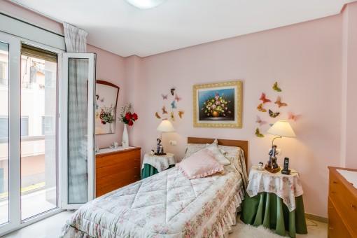Einzelschlafzimmer mit Terrassenzugang