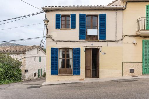 Traditionelles Dorfhaus im Herzen von S`Arracó