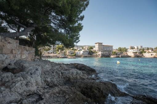 Der beliebte Wohnkomplex befindet sich direkt am Meer