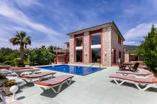 Beeindruckendes Haus auf dem Weg nach Selva mit Pool, touristischer Vermietlizenz, Qualität und Komfort