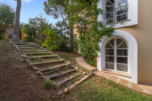 Treppe in den Garten