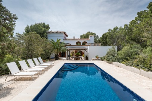 Imposantes Anwesen mit Pool, 5 Tennisplätzen und Ferienmietlizenz in Cala D'Or