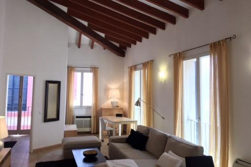 Living in Style – moderne Wohnung in einem Altstadtpalast im Herzen Palmas