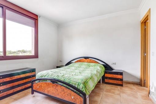 Eines von insgesamt 3 Schlafzimmern