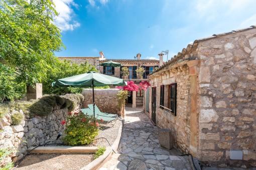 Exklusives Stadthaus im Herzen von Santanyí mit Ferienvermietlizenz