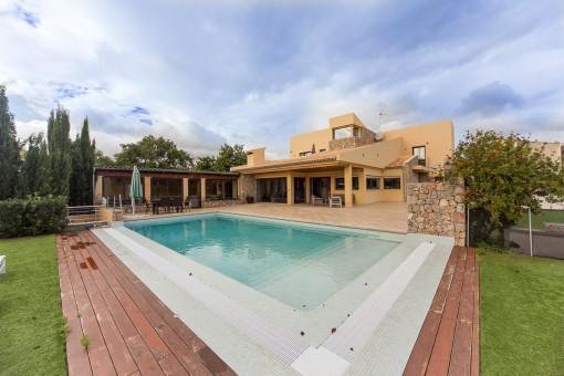 Schöne, große Villa, ideal für Familien - in Sa Planera
