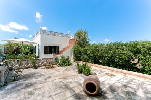 Separates Gästehaus mit Terrasse