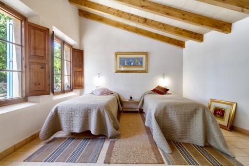 Eines von 6 komfortablen Schlafzimmern