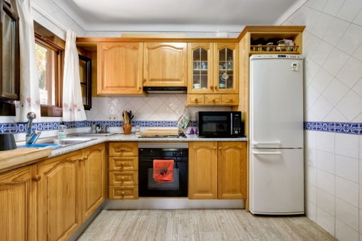 Voll ausgestattetet Küche