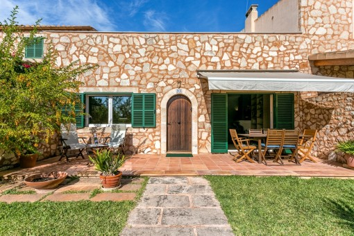 Ruhig gelegene Wohnung mit kleinem Garten
