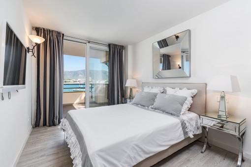 Wundervolles Doppelschlafzimmer mit Meerblick