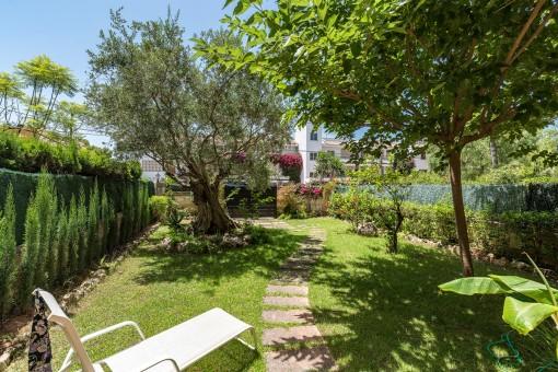 Gemütliches 3-Schlafzimmer-Apartment mit Garten in der Nähe vom Club Náutico in Santa Ponsa