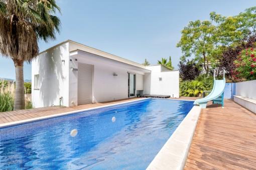 Villa mit 5 Schlafzimmern und tollem Meerblick über die Bucht von Santa Ponsa