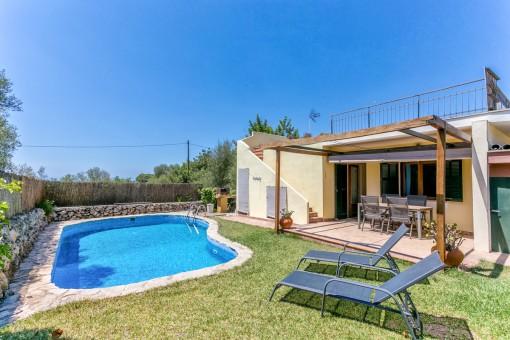Pflegeleichte Villa mit 4 Schlafzimmern und Pool in Sa Cabaneta