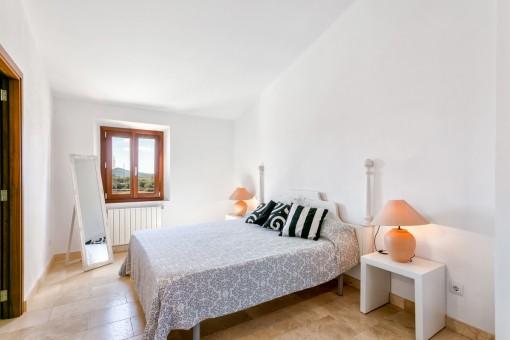 Doppelschlafzimmer mit Ankleide