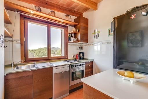 Kleine Küche mit Ausblick