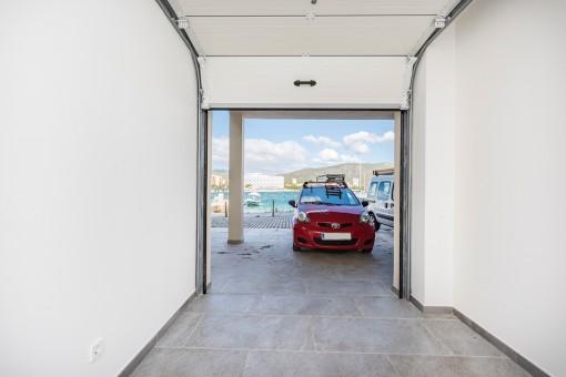 Das Apartment verfügt über eine Garage