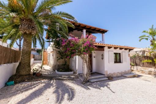 Mallorquinische Villa in Cala Llombards in einer ruhigen Gegend in Meeresnähe