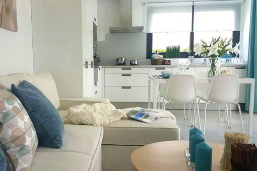 Wohn-und Essbereich mit offener Küche