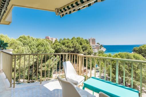 Schönes 2 Schlafzimmer Apartment direkt am Meer mit direktem Zugang zum Strand in Cala Vinyes - Kauf