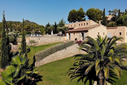 Außergewöhnliche Finca mit gepflegtem Garten und Pool in der Nähe von Son Servera