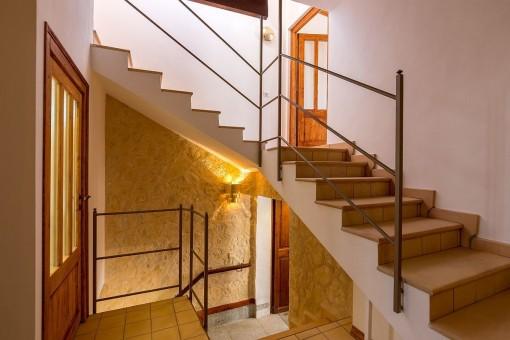 Das Haus verteilt sich über 2 Stockwerke