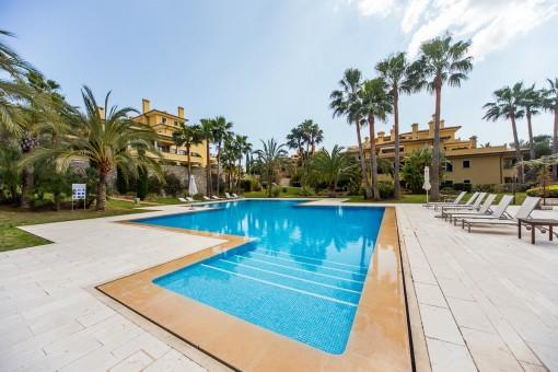 Ferienwohnung mit Terrasse in wunderschöner Anlage, direkt am Golfplatz Son Vida