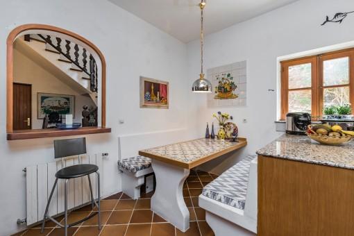 Mallorquinischer Essbereich in der Küche
