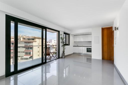 Modernes, neuwertiges Apartment in zentraler Lage in Hafen- und Strandnähe von Puerto Alcúdia