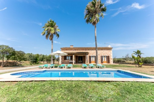 Mallorquinische Finca mit Pool und Ferienvermietlizenz in Campos