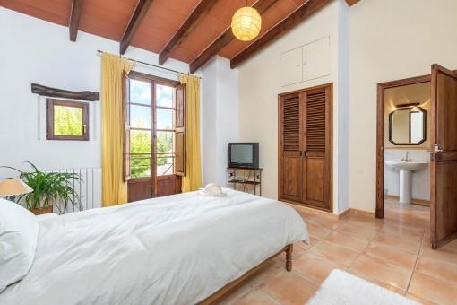 Weiteres Schlafzimmer mit Badezimmer en Suite