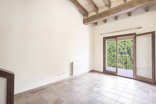 Weiterer Raum mit Terrassenzugang