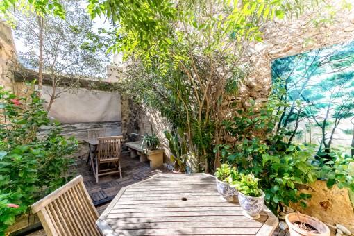 Idyllisch gelegenes Dorfhaus in mitten der Altstadt von Pollensa mit privatem Patio