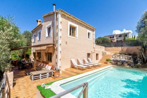Villa mit Ferienvermietlizenz in ausgezeichneter Lage in Valldemossa