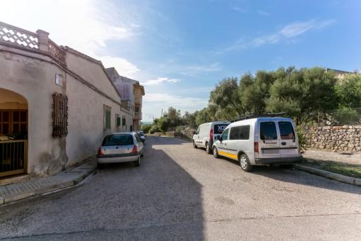 Straße zum Grundstück