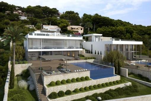 Villa an der Küste der prestigeträchtigen Cala Provençals mit Panoramablick aufs Meer