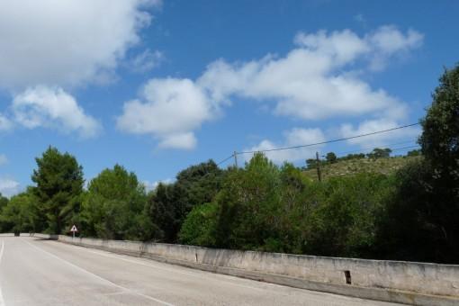 Sehr schönes 92.450 qm Grundstück direkt am Golfplatz mit Meerblick in Canyamel
