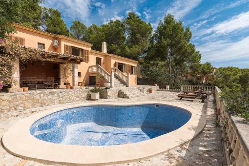 Drei Grundstücke mit Wohnhaus als tolle Gelegenheit in Camp de Mar