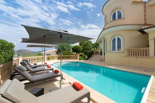 Unvergleichliche, tolle Villa mit Meerblick in Santa Ponsa