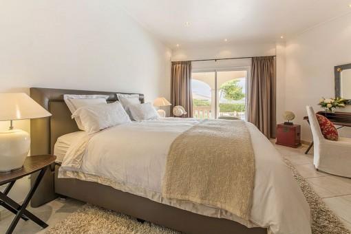 Doppel-Schlafzimmer mit Terrassenzugang