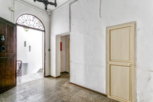 Die Wohnung ist renovierungsbedürftig