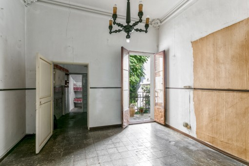 Das Apartment verfügt über einen hübschen, kleinen Balkon