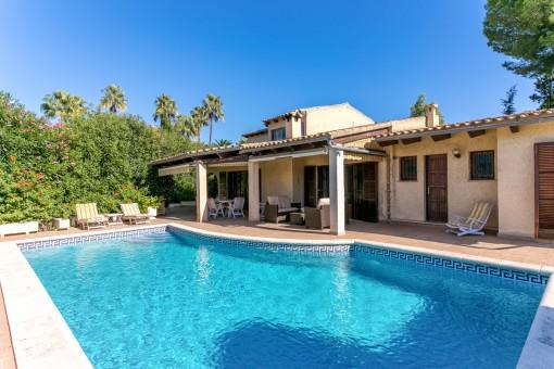 Top gepflegte Villa in Bonaire mit 5 Schlafzimmern, eingewachsenem Garten und Pool in völliger Privatsphäre