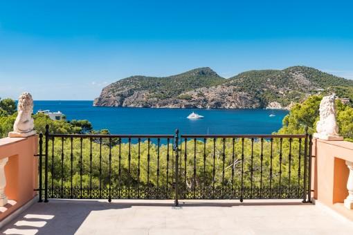 Einzigartige Villa mit Meerblick und exquisiter Ausstattung in Camp de Mar