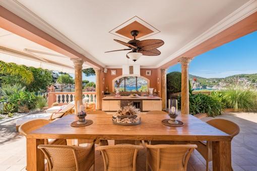 Außenküche des Hauses